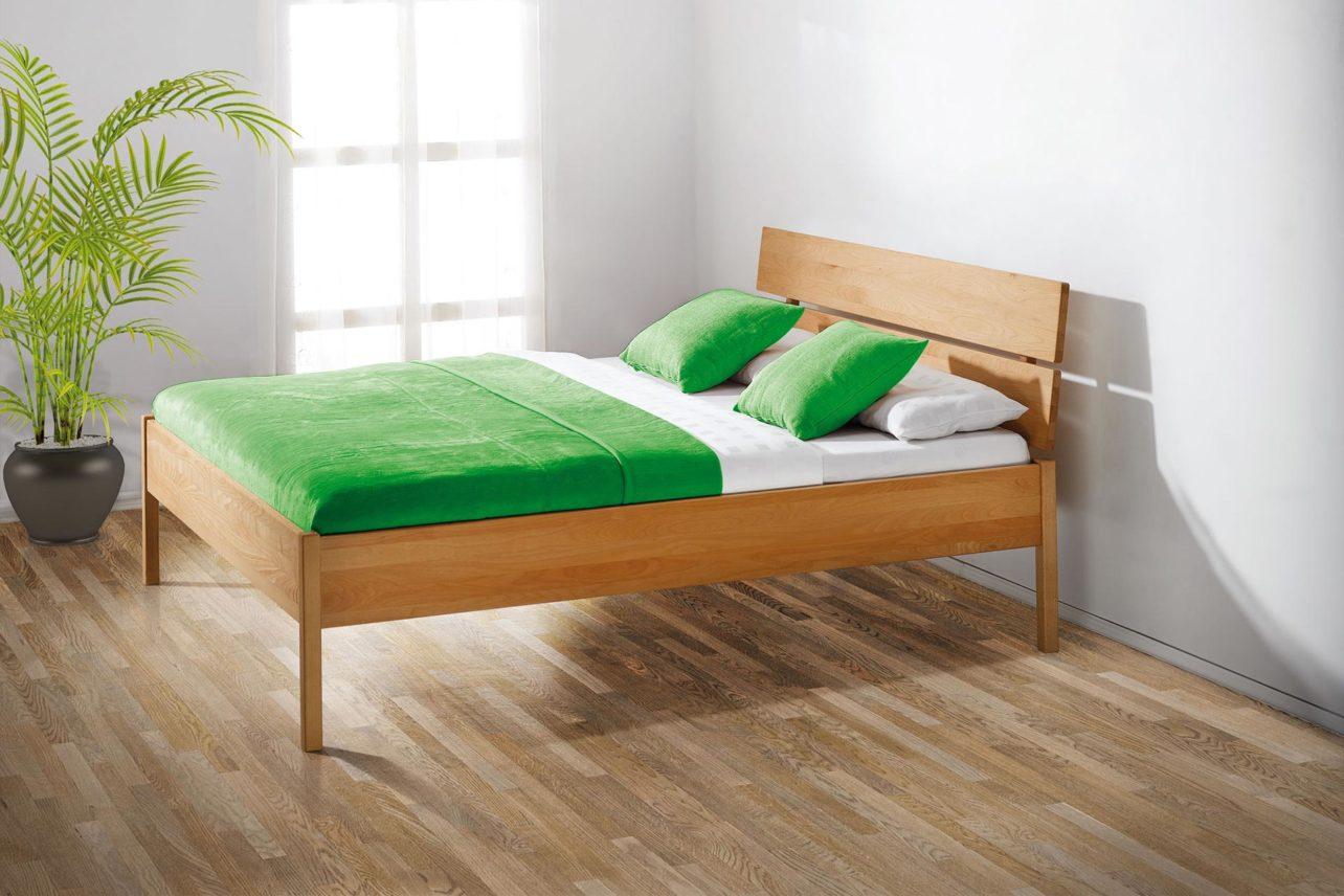Bett Solid in Buche massiv mit Kopfhaupt