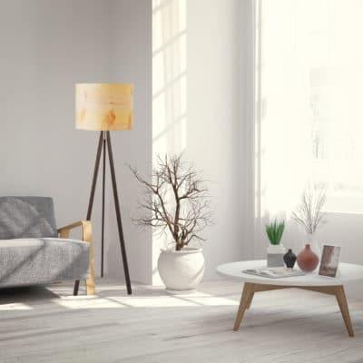 Stehleuchte Ligno mit Echtholz-Lampenschirm, Furnier Zirbe, aus