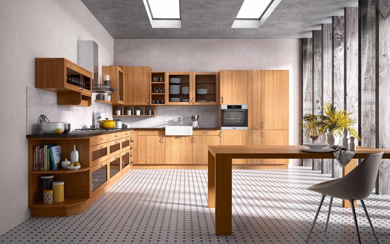 Massivholzküche Primus in Erle geölt, Küchenzeile über Eck mit Hochschrank und Hängeschränken, exakt angepasst an die Raumsituation