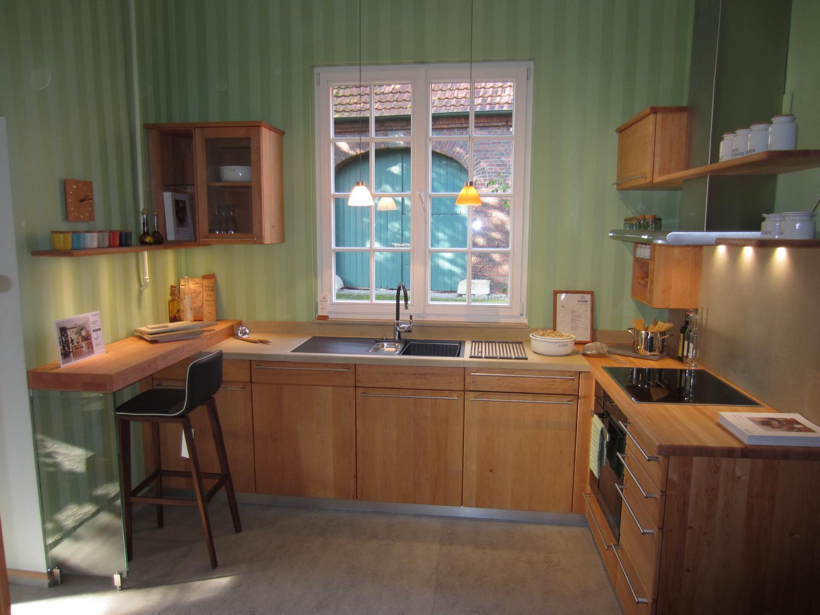 Team 7 Küche Rondo mit zwei Hochschränken und Theke
